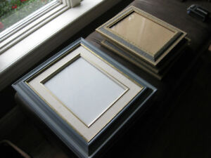 6 picture frames (3 of them matching wood, 3 other matching)