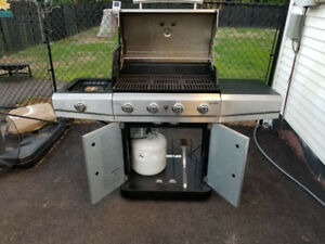 BBQ GAS GRILL with Propane tank, Gas, New hard-duty Cover