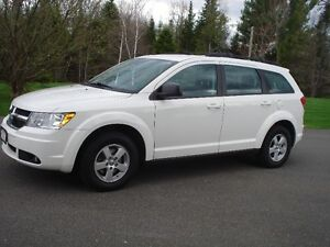 2010 Dodge Journey Minivan, Van