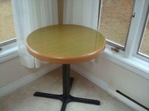Commercial Grade Steel Circular Table