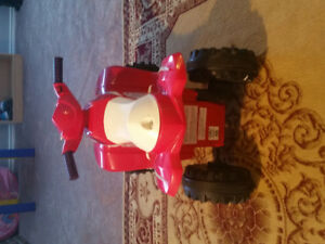 Girl's motor mini bike