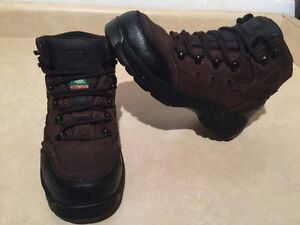 Women's Workload Xtreme Steel Toe Work Boots Size 7 London Ontario image 2