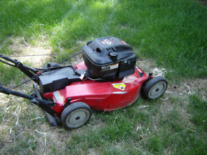 Toro Lawnmower Self-Propelled  Personnel-Pace   Electric  Start