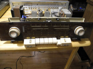 GRUNDIG VINTAGE STEREO TUBE RADIO CHASSIS ONLY