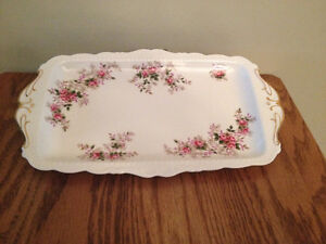 ROYAL ALBERT LAVENDER ROSE SANDWICH and DAINTY TRAY