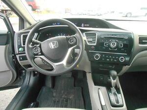 2013 Honda Civic LX Sedan 5-Speed AT Peterborough Peterborough Area image 12