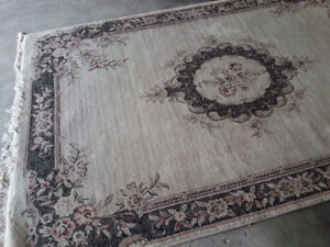 Area Rug 7' by 9'