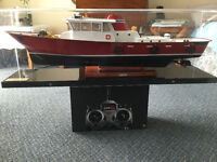 Radio controlled model boat
