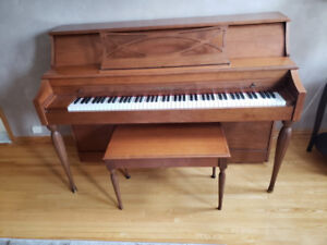 Gerhard Heintzman piano available for sale in Markham area.