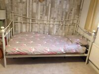 Day bed with mattress and new Quilt and cover