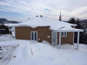 Maison à vendre avec vue sur la Baie clé en main