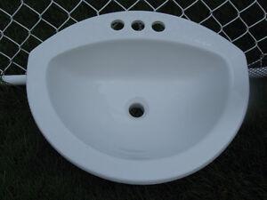 Évier de chambre de bain en porcelaine