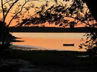 AUGUST 8-15, 4 Bedroom Home, 10 km West S'side, Shore + Canoe