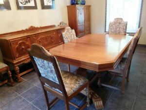 Antique Dining Room Set $1500.00
