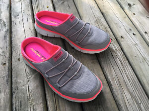 """""""Sketchers"""" Synergy/Free Play, slip on sneaker -like new in box"""