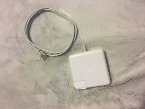 New Macbook Pro Magsafe Charger