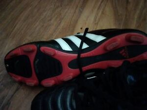 WOMENS SIZE 10 ADIDAS SOCCER CLEATS FOR SALE