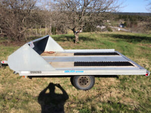 Double snow mobile trailer