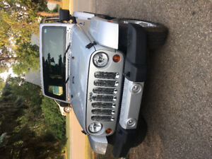 2012 Jeep Wrangler Sahara Unlimited- Great Condition