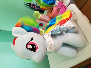 LARGE STUFF RAINBOW DASH MY LITTLE PONY  WITH CAPE