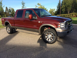 2005 Ford F-350 King Ranch Turbo Diesel Very Low Km