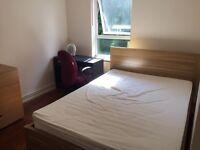 Double bedroom to rent in Borehamwood