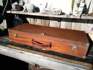 "Vintage Mahogany with Leather Handle Croquet Box  30"" x 13"" X 5"""