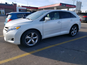 2014 Toyota Venza LE V6*AWD, Back up Camera, Low KM*