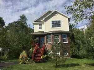 PRICED TO SELL BY OWNER  IN ENFIELD!