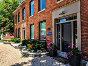 Trendy Office Space Available Dundas, ON