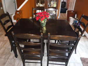 Dining Table/6 Chairs/20 Inch leaf Kitchener / Waterloo Kitchener Area image 2
