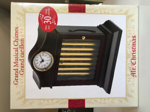 Musical Chime Clock by Mr Christmas plays 30 songs