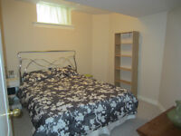 Clean and Bright Room for Rent-South Barrie