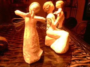 2 Willow Creek Sculptures. Handmade. Costs 50.00 new. Sell 15.00