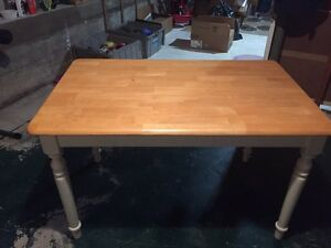 Table  $40.00 or best offer  Cambridge Kitchener Area image 1