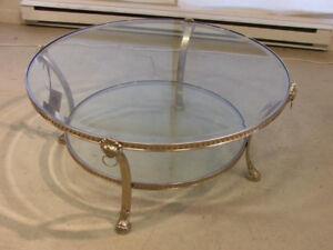 Table de salon ronde en laiton argenté, deux niveaux, importée