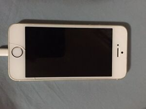 Iphone 5S 32GB with Rogers