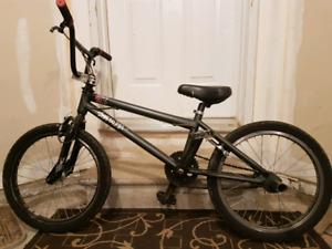 Specialized Fuse II BMX Bike