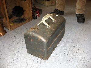 old metal tackle box Kingston Kingston Area image 2