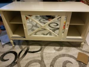 Mirrored TV stand