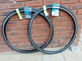 NEW PAIR Schwalbe Road Cruiser 700 x 35c Bike Tyres