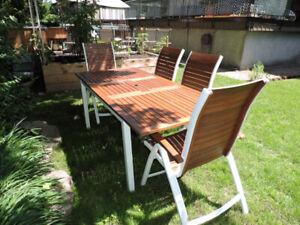 Table Et Chaises Fonte   Kijiji à Québec : acheter et vendre sur le ...