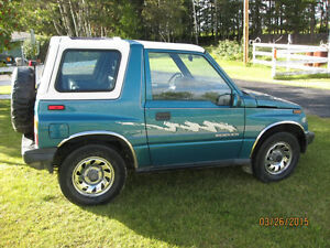 NICE 1994 SUZUKI SIDE KICK 4X4 AUTOMATIC CONVERTABLE DINGY