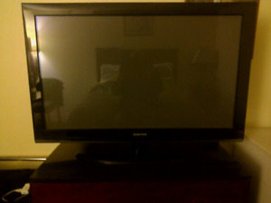 "Samsung 42"" Flat Panel TV Swivel Base"