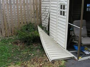 PLASTIC SHEDS ( not for NL)