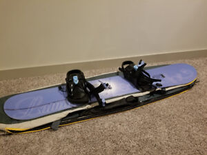 Lamar Foxie snowboard, Firefly boots and Mole bag