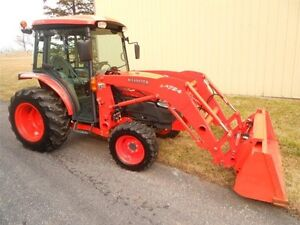 Tractor 4x4 with cab wanted
