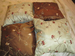 4 THROW PILLOWS for bed or sofa
