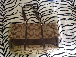 Coach Tote for sale  Kawartha Lakes Peterborough Area image 1