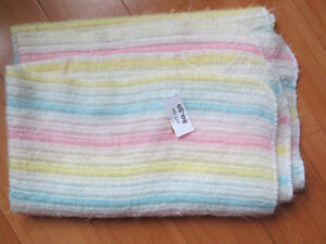Baby Blankets, Crib Sheet Sets & Bath Towels London Ontario image 5